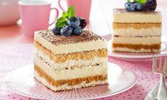 Tiramisu z delikatnym kremem i nutą likieru amaretto Cake Recept, Tiramisu, Dessert Bars, Coco, Vanilla Cake, Cheesecake, Sweets, Baking, Cakes