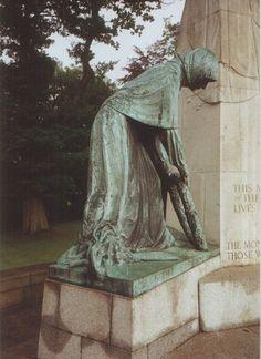 File:Towneley Park war memorial Burnley. Photo 5 by Phillip Medhurst 1992.jpg