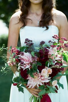 Flowers by Country Bouquets Floral - Maplehurst Farms Styled Shoot | Apple Brides