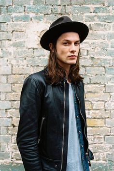 James Bay (September 5, 1990) British singer and songwriter known from the hits 'Hold back the river' and 'Let it go'