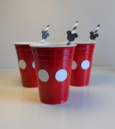 Mickey Mouse Clubhouse Birthday Party Ideas - pink cups make Minnie Mouse Mickey Mouse Bday, Mickey Mouse Clubhouse Birthday Party, Mickey Mouse Parties, Mickey Birthday, Mickey Party, Disney Parties, Elmo Party, Dinosaur Party, Dinosaur Birthday