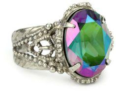"Sorrelli ""Emerald City"" Simple Crystal Adjustable Silvertone Ring Sorrelli, http://www.amazon.com/dp/B005OUF8E4/ref=cm_sw_r_pi_dp_XSwhrb0VADRMN"