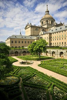 El Escorial is near Madrid. A huge building combining a palace, monastery, library and burial place for Spanish kings.