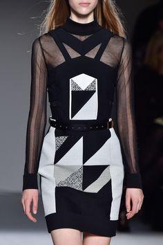Graphic Dress - geometric fashion details // Roland Mouret Fall 2015