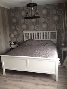 Husn White stain HEMNES and Bed frames