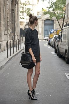 High heels, mini skirt and a dreamy Givenchy bag