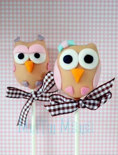 Owl pops ~ hootsuite should have these in their office Owl Cake Pops, Owl Birthday Parties, Mini Pies, Cakepops, Cute Food, Cupcake Cookies, Cakes And More, Amazing Cakes, Truffles
