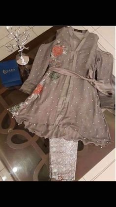 Abdullha Baby Girl Dress Design, Fancy Dress Design, Latest Pakistani Dresses, Pakistani Wedding Outfits, Indian Designer Outfits, Indian Outfits, Casual Dresses, Fashion Dresses, Girls Dresses