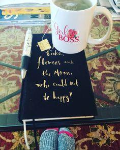 In full Girl Boss mode #GirlBoss #motivated #klmfashionstyle #prgal #blogger #amazinday #greentea #dayinthelifeofmyTea