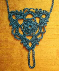 Gleeful Things » Free Pattern: Goddess Barefoot Sandals Not sure I can make these, but I want to...