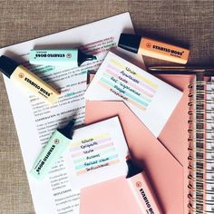 Ainda nos estudos fofíneos, a Sara, do insta mylittlejournalblog, tem vááááárias ideias para ajudar a organizar os pensamentos ♥