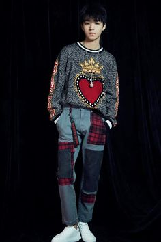 Fashion Models, Mens Fashion, Pop Singers, Korean Men, Actor Model, Hot Boys, Jackson, Handsome, Vogue