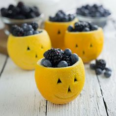 These Scary Berry Stuffed Jack O' Lanterns will haunt your party guests in the tastiest of ways.