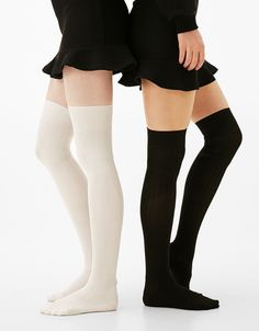 Estilo Lolita, Sexy Socks, Silk Stockings, Thigh High Socks, Teen Fashion Outfits, Cute Casual Outfits, Sock Shoes, Types Of Fashion Styles, Beautiful Outfits