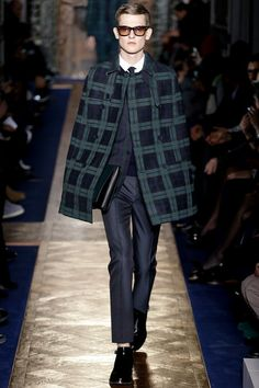 valentino-paris-fashion-week-fall-2013-26.jpg
