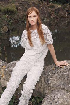 Victoria, Victoria Beckham Spring 2016 Ready-to-Wear Fashion Show