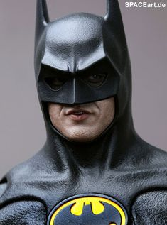 Batman 1: Batman (Michael Keaton) - Deluxe Figure