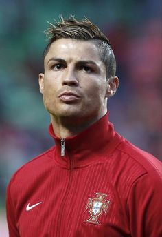 98 Best Cristiano Ronaldo Haircuts Images Football Soccer
