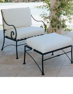 Iron outdoor lounge chair