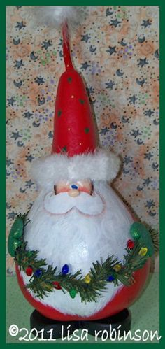 48 Ideas painting christmas santa for 2019 Decorative Gourds, Hand Painted Gourds, All Things Christmas, Christmas Crafts, Christmas Ornaments, Xmas, Christmas Ideas, Christmas Wine Bottles, Diy Christmas Decorations Easy