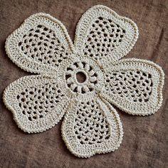 Flor em crochê irlandês