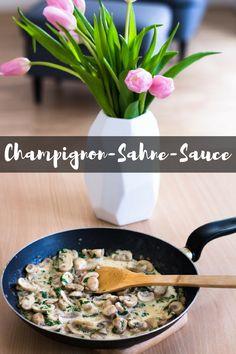 Heute habe ich für euch ein #Rezept für#Champignon #Sahnesauce. Die #Sauce eignet sich sehr gut als #Beilage zu Fleischgerichten. Außerdem schmeckt sie auch sehr lecker mit Kartoffeln, Klößen oder Kartoffelpuffer. Wenn ihr den Geschmack etwas intensiver mögt könnt ihr ein klein wenig Sojasauce oder Worcestersauce hinzufügen. Lasst es euch schmecken! #Mittagessen #Pilze #kochen #essen #recipe #cooking #mushrooms #Rezepte #vegetarisch Pesto, Risotto, Vegan, Ethnic Recipes, Food, Dips, Eat Lunch, Food Dinners, Potato Latkes
