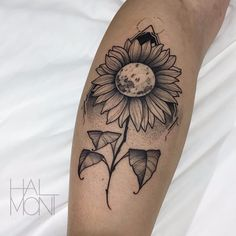 Por Lucas Halmont #LucasHalmont #brasil #brazil #brazilianartist #tatuadoresdobrasil #blackwork #flor #flower #girassol #sunflower #pontilhismo #dotwork #dotline