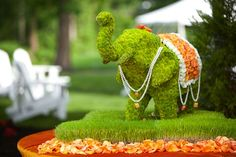 love this Indian wedding floral Elephant!