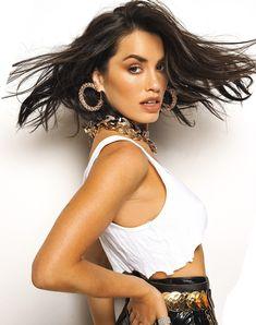 Camila Gallardo, Mariano Martinez, Famous Photos, Under My Skin, Dangerous Woman, Mo S, Basic Style, Celebs, Celebrities