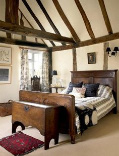 A century country house bedroom in Suffolk. Stunning and characterful Tudor Cottage, Tudor House, Dream Bedroom, Home Bedroom, Cottage Bedrooms, Pretty Bedroom, Master Bedroom, Casa Tudor, Period Living