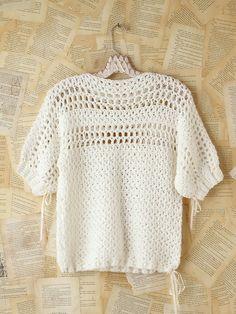 Crochet Patterns Jumper Crochet feminine and beautiful summer pullover. Free patterns for crochet pullov. Moda Crochet, Pull Crochet, Crochet Jumper, Black Crochet Dress, Crochet Cardigan, Free Crochet, Knit Crochet, Crochet Sweaters, Crochet Tops