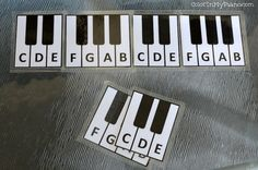 This simple but fun printable is perfect for young music students.  Build a keyboard by alternating the black key groups of 2's and 3's.