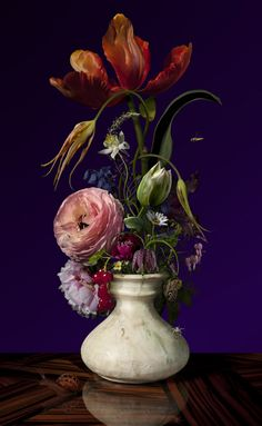Bas Meeuws, Untitled ( C-Print on Dibond behind acrylic © Bas Meeuws Bas Meeuws (Dutch, born is. Still Life Flowers, All Flowers, Amazing Flowers, Floral Photography, Still Life Photography, Art Floral, Beautiful Flower Arrangements, Floral Arrangements, Flower Vases