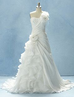 2012 Disney Fairy Tale Weddings Line from Alfred Angelo - Ariel