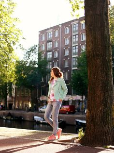 Tropical print, fruit print, jeans, skinny jeans, PUMA, PUMA sneakers, suede jacket, mint green jacket, Amsterdam, streetstyle, fashion blogger, fashion is a party, Summer