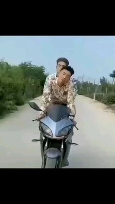 mformillionaire • Πρωτότυπος ήχος Funny Clips, Motorcycle, Vehicles, Motorcycles, Cars, Motorbikes, Vehicle, Choppers