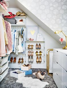 A walk-in closet gets a much-needed makeover—Style at Home design editor Stacy Begg gives a once dull walk-in closet a glamorous update. Dressing Room Closet, Dressing Room Design, Dressing Rooms, Walking Closet, Bill Blass, Ikea Storage, Storage Spaces, Wall Storage, Closet Vintage