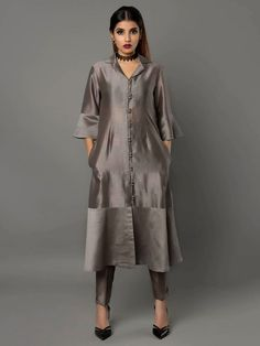 Grey Silk Chanderi Kurta with Pants - Set of 2 By Ritu Jain Singh