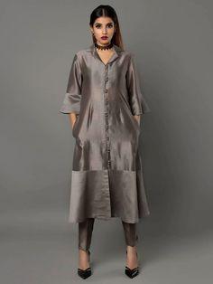 Grey Silk Chanderi Kurta with Pants - Set of 2 By Ritu Jain Singh
