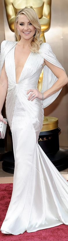 Kate Hudson Atelier Versace | 2014 Oscars.   Would love this as my wedding dress
