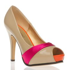 Love the color scheme here (and the design of course).  Bright, but not too flashy = perfect for this type of shoe.