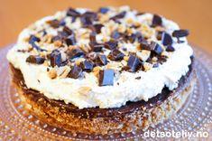 Norwegian Cuisine, Norwegian Food, Norwegian Recipes, Snickers Cake, Maine, Number Cakes, Pudding Desserts, Snacks, Let Them Eat Cake