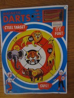 Vintage 1971 Magnetic Darts Board Animal Target Bullseye Game Smethport