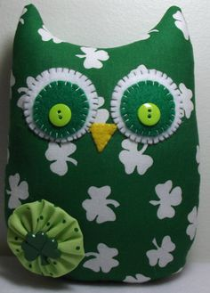 St. Patricks Day Gift--Saint Patricks Day-Owl Gift-Owl Decoration-Owl Plush-Saint Patricks Decoration-Shamrock Decoration