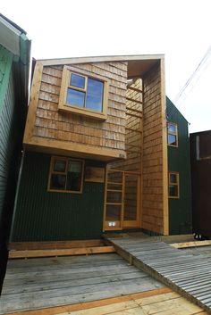 Galería de El Palacito / Eugenio Ortúzar + Tania Gebauer - 3 Ideas Cabaña, Carpentry, Garage Doors, 1, House Design, Landscape, Studio, Building, Wood