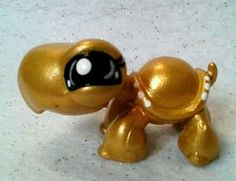Goldie * OOAK Hand Painted Custom Littlest Pet Shop