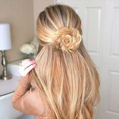 """13.4k Likes, 142 Comments - Missy (@missysueblog) on Instagram: """"Fishtail Braid Flower A little Sunday #hairinspo Full tutorial link in my bio! #missysueblog"""""""
