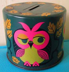 Vintage Owl Bank. <3