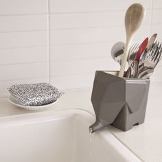 Jumbo - Cutlery Drainer exclusively available here (grey/cream): http://www.1designperday.com/store/jumbo.html FREE SHIPPING WORLDWIDE