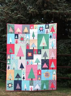 New Patchwork Forest Quilt Pattern: Pine Hollow Version Tree Quilt Pattern, Quilt Patterns, Block Patterns, Quilting Ideas, Quilting Projects, Scrappy Quilts, Easy Quilts, Mini Quilts, How To Finish A Quilt
